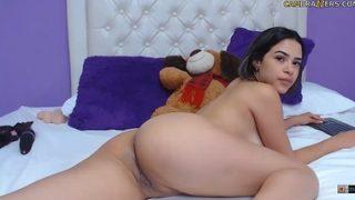 Beautiful perfect ass latina teen on cam